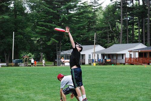6.29.MAG.frisbee